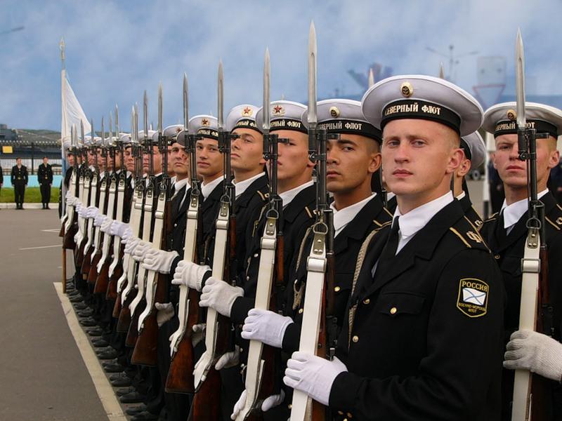 моряки в море фото