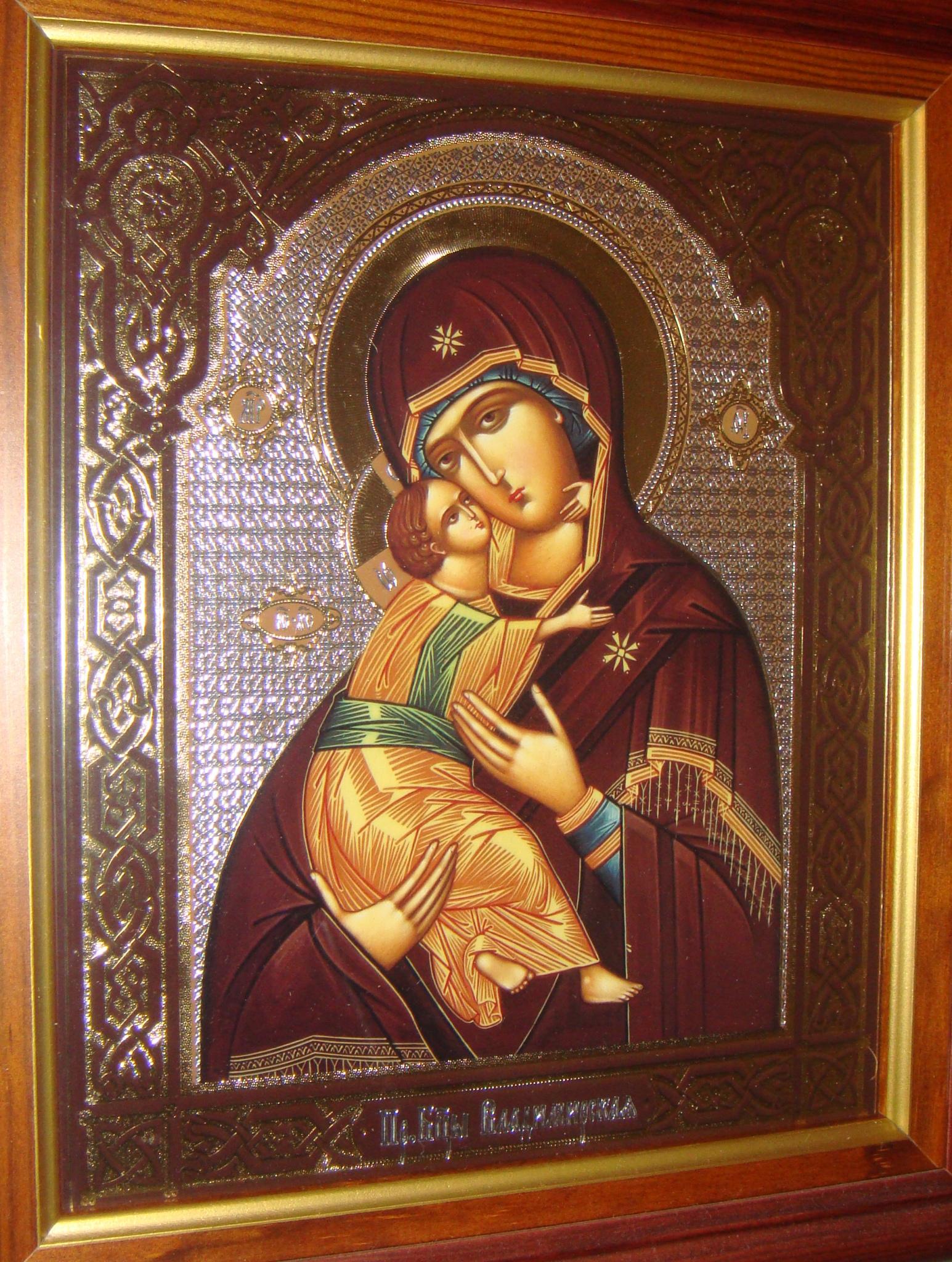 Вышивка икон. Владимирская икона Божией Матери вышитая 72